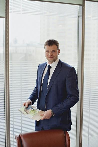 Иван Татаринов, GLINCOM