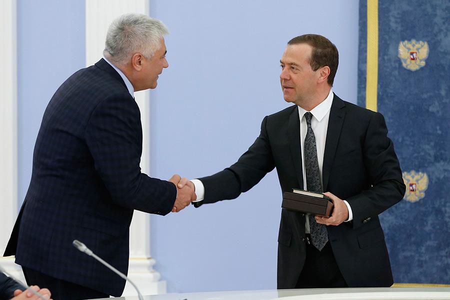 Владимир Колокольцев и Дмитрий Медведев (слева направо)