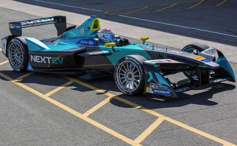 Электромобиль Формулы-Е команды NextEV под управлением Нельсона Пике-младшего