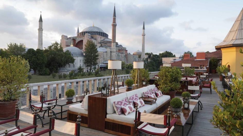 БарA'YA Lounge Rooftop