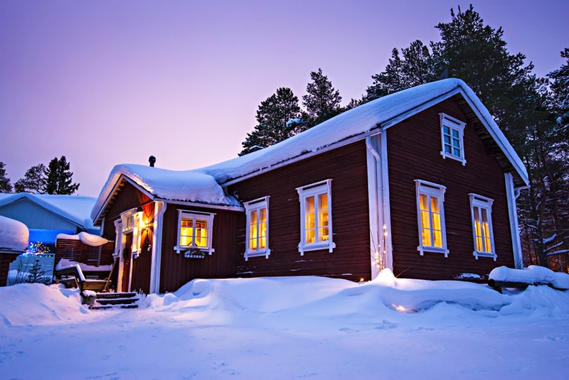 Дача с баней на больших участках земли - самый популярный актив российских госслужащих в Финляндии.
