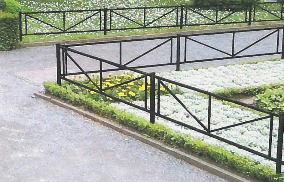 Использование ограждающих конструкций для направления движения пешеходов
