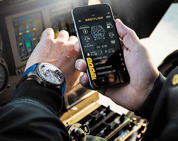 Фото: пресс-материалы Swatch; Breitling; Bulgari; Montblanc; Samsung; Apple Watch; TAG Heuer Connected; Frederique Constant и Alpina; IWC