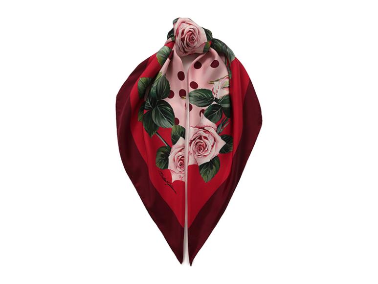 Платок Dolce & Gabbana, 23 450 руб.