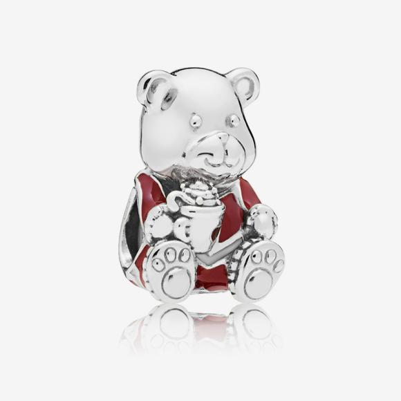 Шарм «Рождественский медведь», Pandora, 2990 руб.