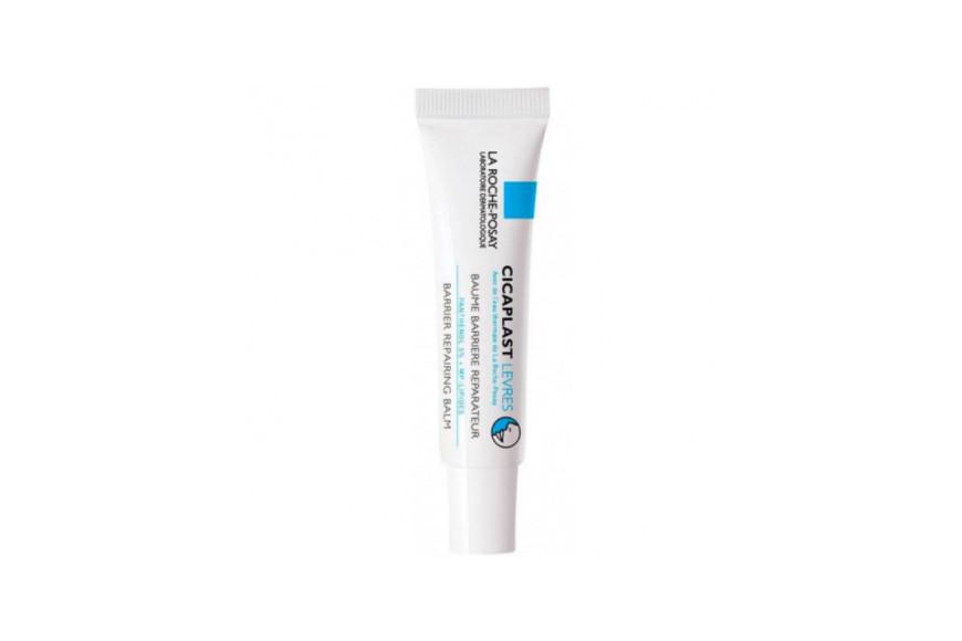 Восстанавливающий бальзам-барьер для губ Cicaplast Levres, La Roche-Posay мгновенно успокаивает, восстанавливает потрескавшиеся, обветренные губы и различные раздраженные участки вокруг рта и носа за счет инновационного компонента МП-липид цикапласт, пантенола(5%) и масла карите