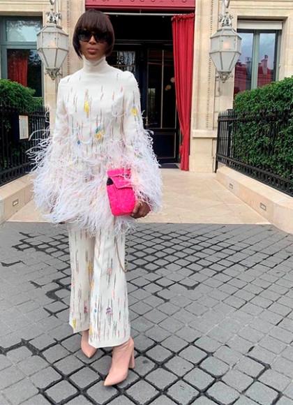 В костюме Valentino, 2019 год