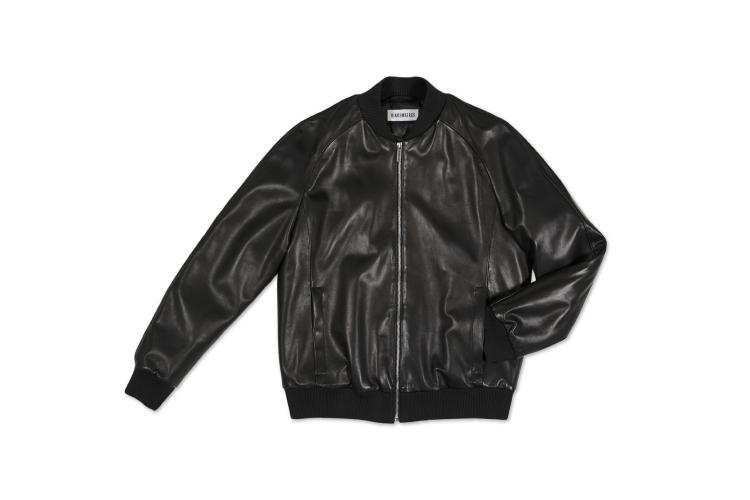Куртка Bikkembergs, 102 429 руб. (ТЦ «Авиапарк»)