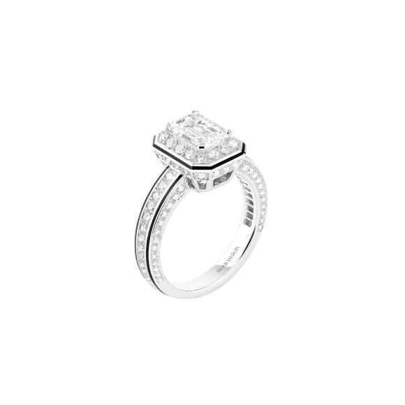 КольцоNoeud Diamants (версия с солитером)