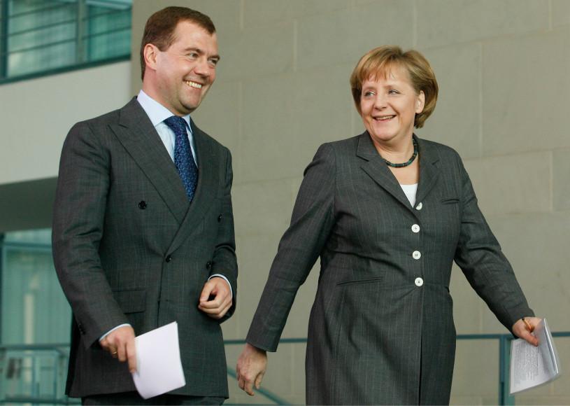 Дмитрий Медведев на встрече с Ангелой Меркель в Берлине, 2009