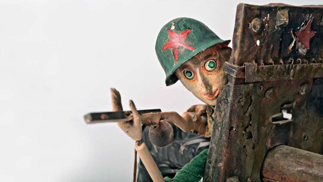 Сцены из спектакля «Сталинградская битва»