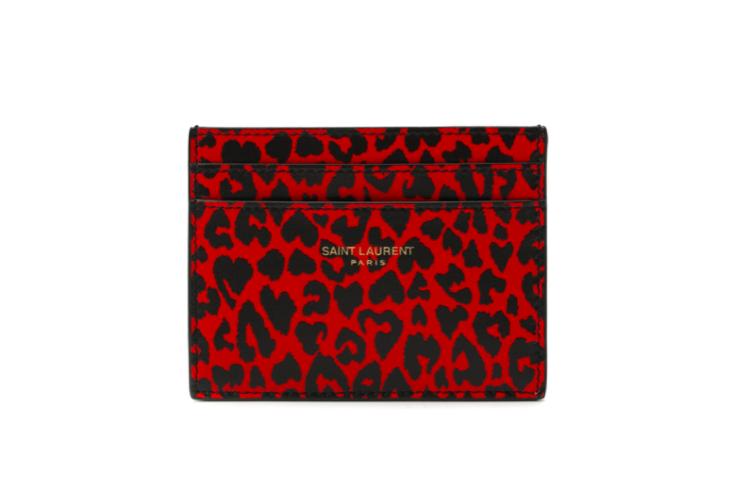 Чехол для кредитных карт Saint Laurent, 18 150 руб. (ЦУМ)