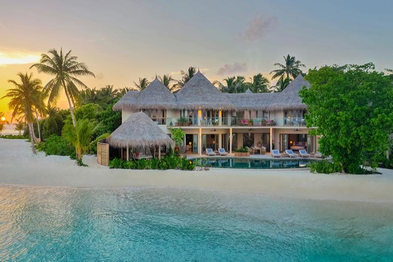 Основное здание The Nautilus Maldives