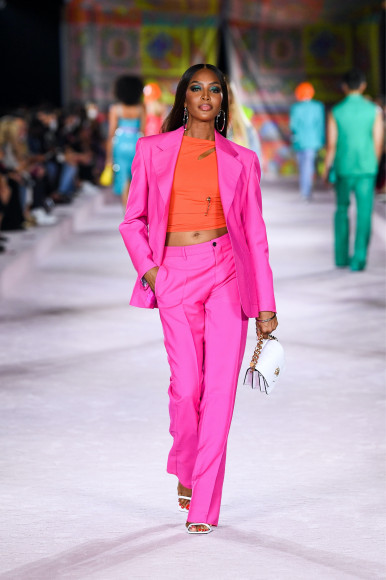 Наоми Кэмпбелл на показе Versace