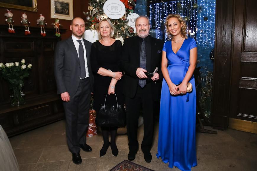 Борис Азаренко(инвест компания Веспер) Татьяна и Владимир Хотиненко, Марина Руднева(Веспер)