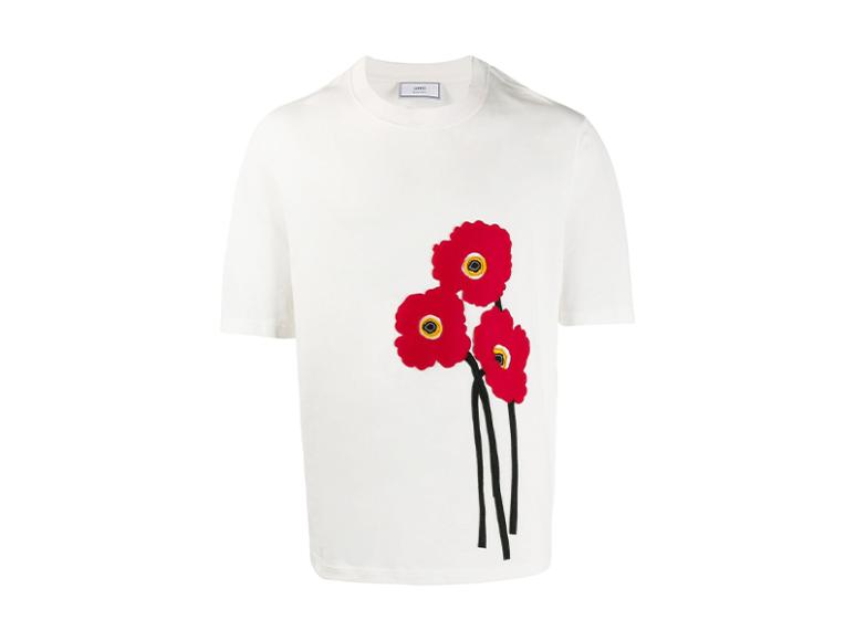 Мужская футболка AMI, 11 467 руб. (farfetch.com)
