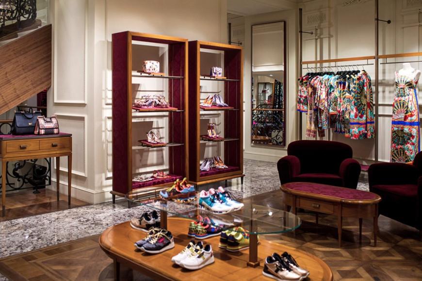 Интерьер бутика Dolce & Gabbana в Третьяковском проезде