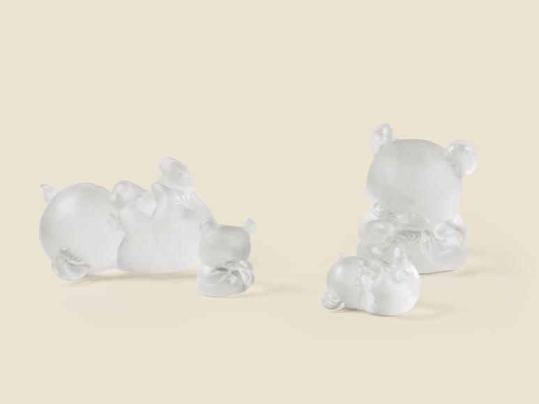 Скульптуры «Панда Мэнь-Мэнь» и «Панда Юань-Юань», Lalique, 109500 руб. каждая (Третьяковский проезд)