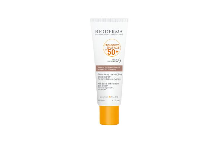 Солнцезащитный гель-крем для кожи с пигментацией и признаками старения SPF50+ Photoderm, Bioderma включает в себя витамины С, Е ицентеллу азиатскую, которые помогает предотвратить или уменьшить пигментацию, увеличить синтез коллагена, повысить упругость кожи и минимизировать морщины