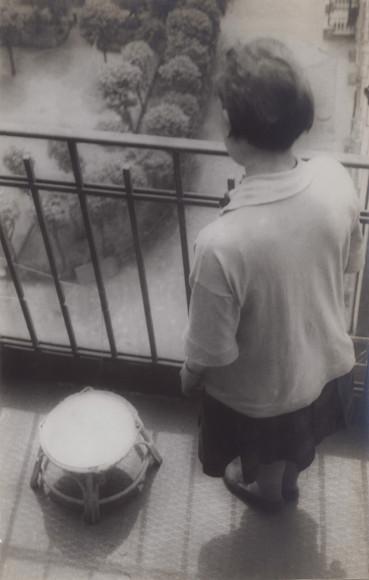 Александр Родченко. «Степанова на балконе», 1928