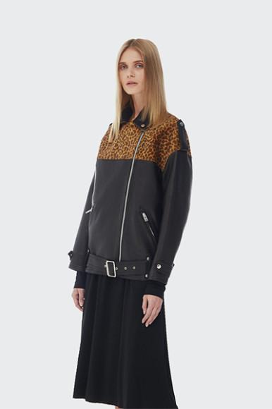 Куртка Bats, 33 900 руб. с учетом скидки (bats-store.com)