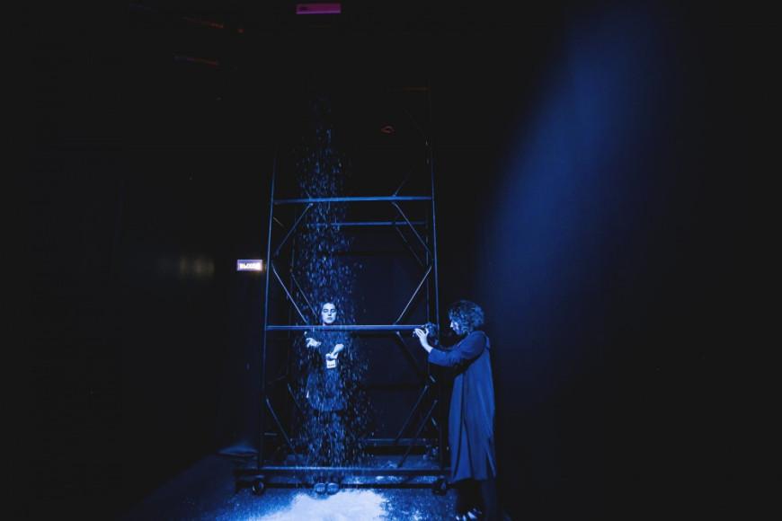 Инсталляция Dust of Snow Дэвида Биркина