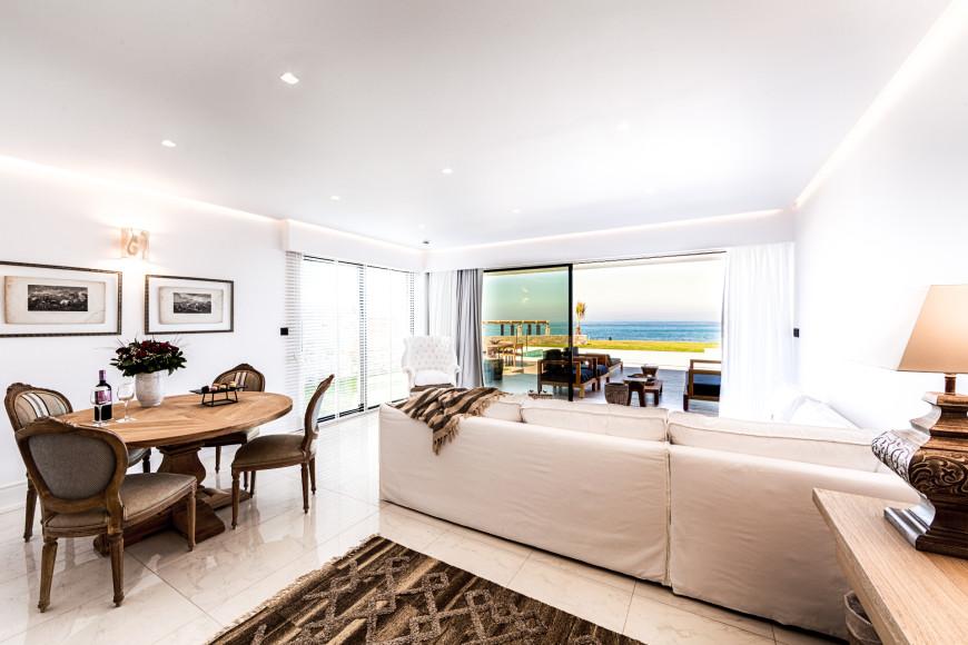 Номера, люксы и виллыAbaton Island Resort & Spa