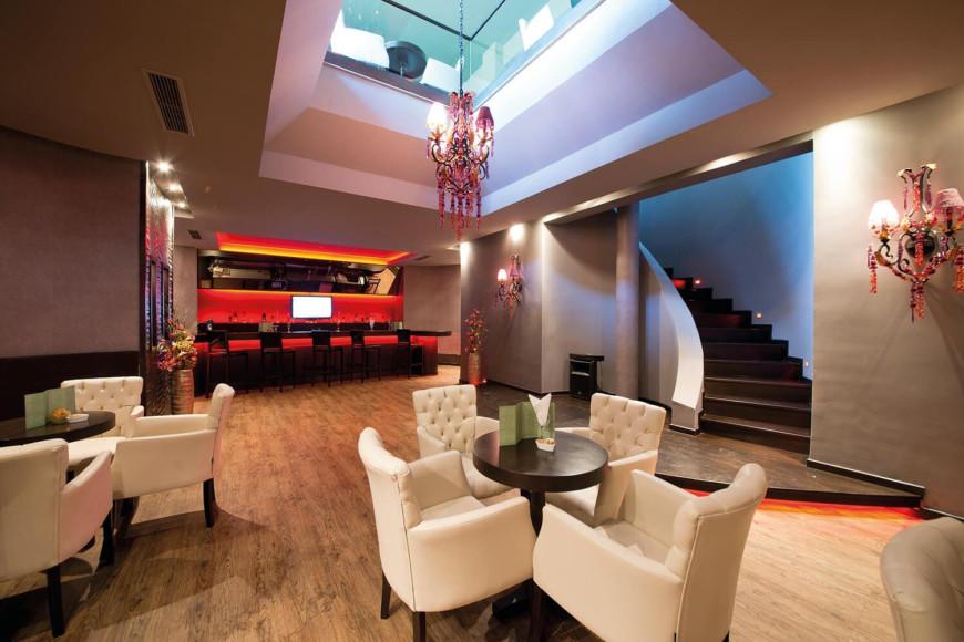 Бар в отеле Limak Limra Hotel & Resort (Limak Limra)