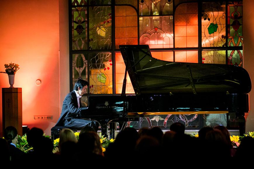 Концерт пианиста Юнди Ли