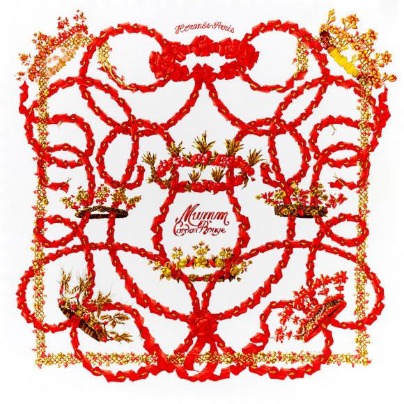 Платок Hermès «Le Sacre du Printemps» («Весна священная»), автор — Анри д'Ориньи (Henri d'Origny), впервые увидел свет в 1986 году. Дизайн платка посвящен балету И. Стравинского «Весна священная», поставленному В. Нижинским в 1913 году в рамках «Русских сезонов» С.П. Дягилева в Париже. Французский перевод «Весны священной» — «Le Sacre du Printemps» — был придуман Л. Бакстом. Представленная версия была выпущена ограниченным тиражом в 2000 году по специальному заказу Дома G.H. MUMM, в ознаменование начала спонсорства им гонок «Формулы-1», не поступала в продажу и является крайне редкой.