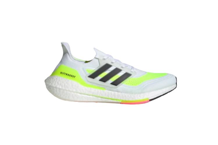 Кроссовки adidas, 15 999 руб. (adidas)