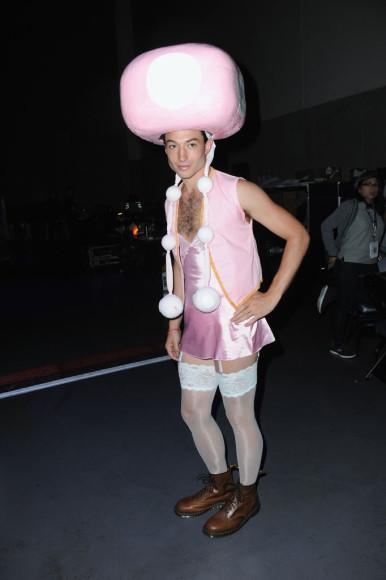 Эзра Миллер на Comic-Con 2008