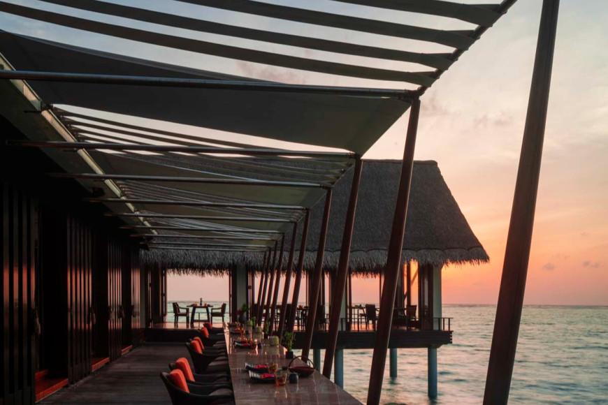 Ресторан Tapasaki на курорте на курорте One&Only Reethi Rah (Мальдивы)