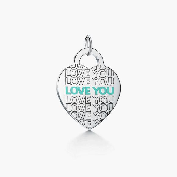 Подвеска-шарм Love You, Tiffany & Co., 14 900 руб.