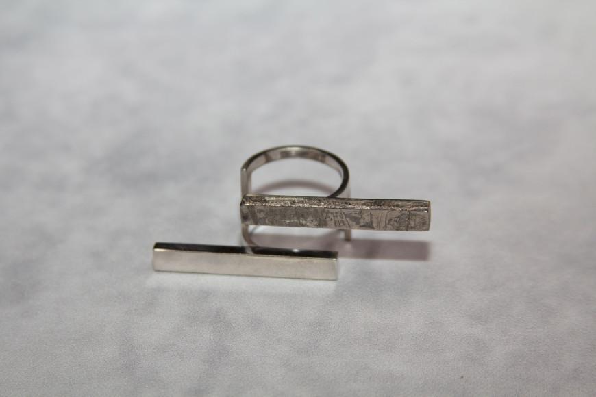 Кольцо Stability из серебра и метеорита Сеймчан, Meteorica