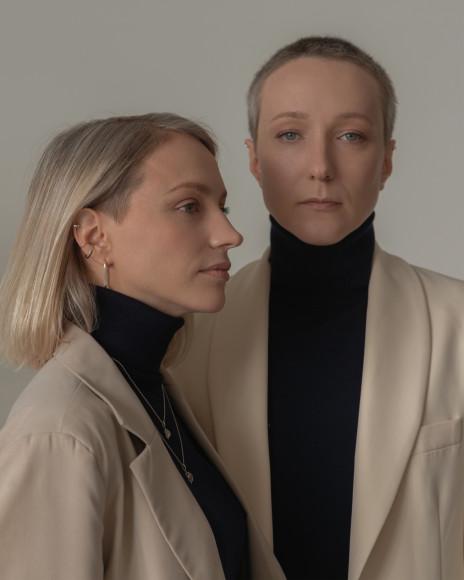 Дизайнер Infanta Евгения Галактионова с сестрой Дарьей