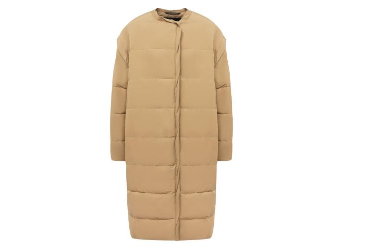 Женская куртка Givenchy, 217 500 руб. (ЦУМ)