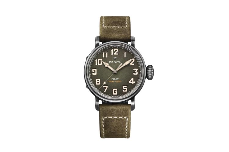 Часы Pilot, Zenith, 540 000 руб. (ЦУМ)