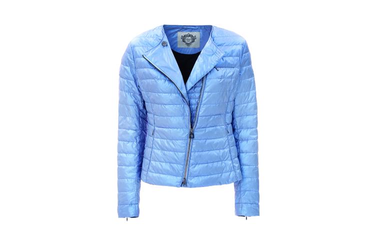 Куртка Diego M, 40 500 руб. («Смоленский пассаж»)