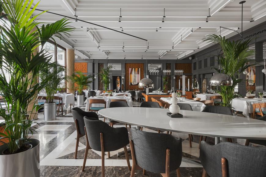 Интерьер ресторанаRegent by Rico