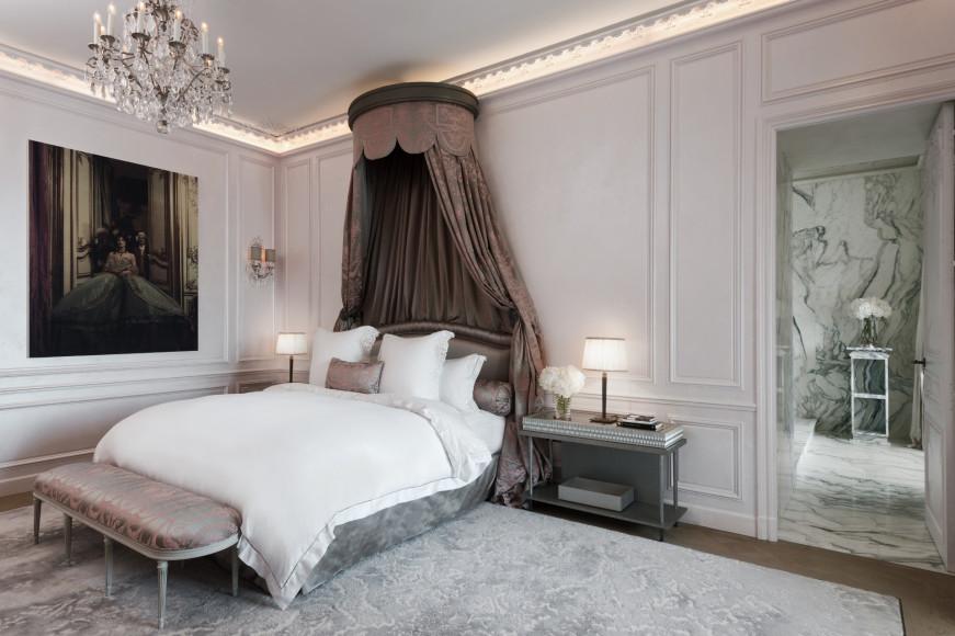 Спальня в сьютеLes Grands Appartements