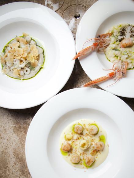 Тальятелле из кальмаров, ризотто с лангустинами, гребешки с луком-порей