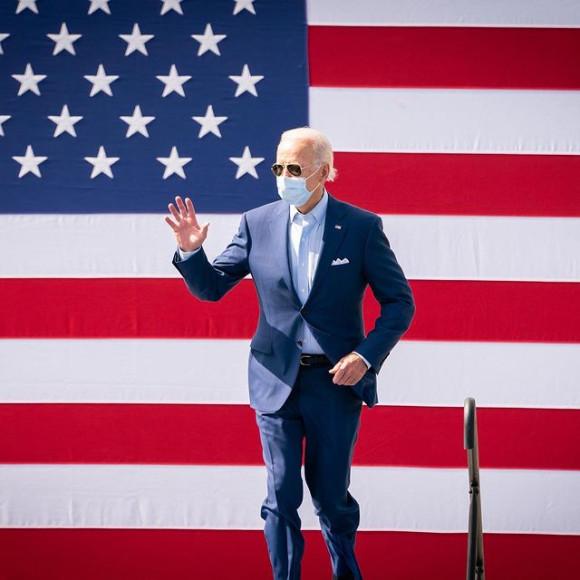 Джо Байден во время предвыборной кампании, 2021