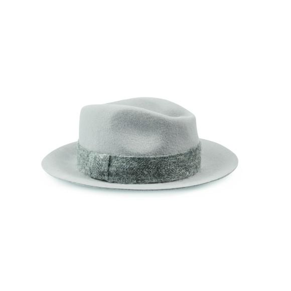 Женская шляпа Marc Cain, цена по запросу(marc-cain.com)