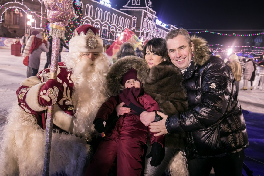 Павел Астахов с семьей