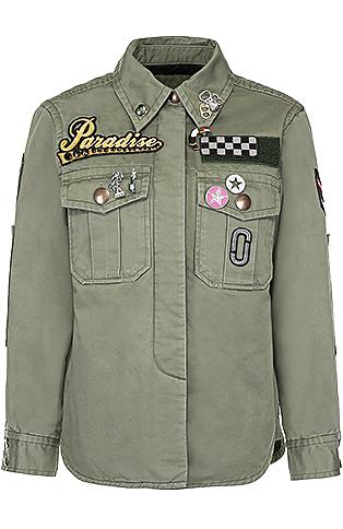 Marc Jacobs  Рубашка, которая на самом деле куртка, идеальна для музыкального фестиваля; добавьте лишь майку и джинсовые шорты