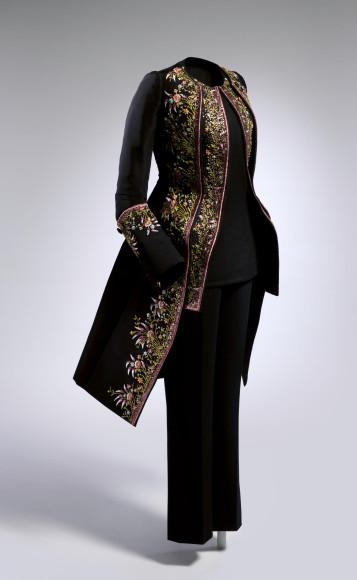 Раф Симонс дляDior, коллекцияhaute couture, осень-зима2014-15