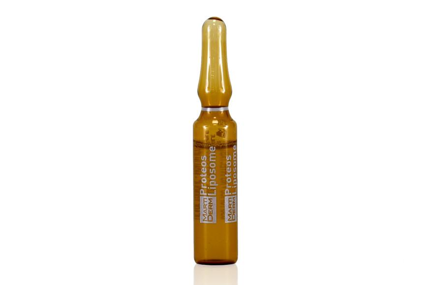 Сыворотка-уход Liposome, The Originals, MartiDerm включает экстракт гамамелиса для сужения и регуляции выработки кожного сала, молекулы протеогликаны для упругости, гликолевый экстракт гамамелиса против шелушения и витамины С и Е для предотвращения признаков старения