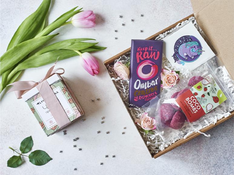 Подарочный набор Love Box, 990 руб. («Город-сад»)