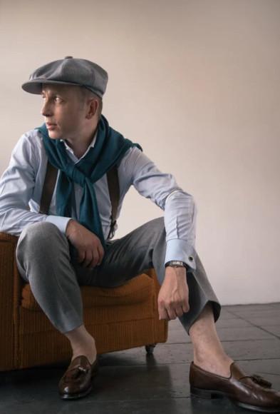 Андрей Покатаев в брюках из фланели Classic Worsted Flannel